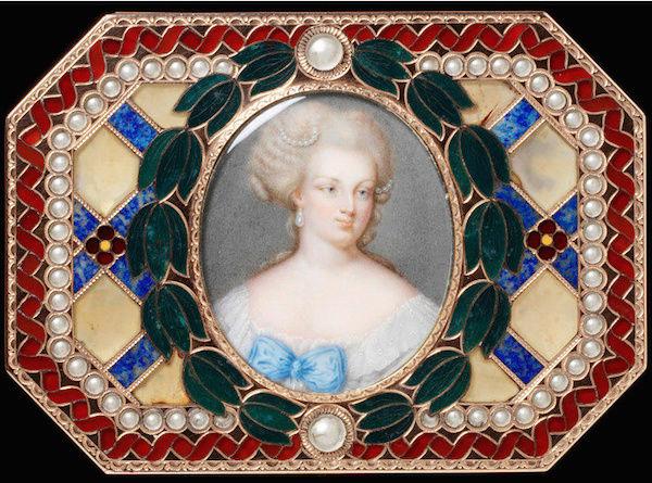 Portraits de Marie-Antoinette sur les boites et tabatières Marie_28