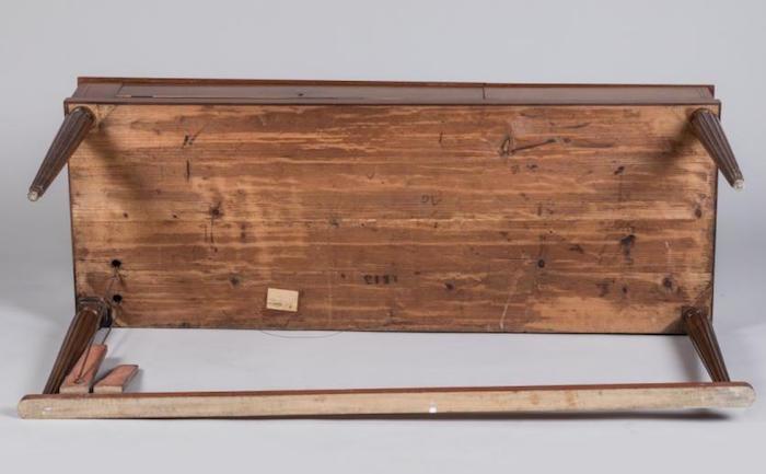 Un piano-forte ayant appartenu à Marie-Antoinette ?  P1002012