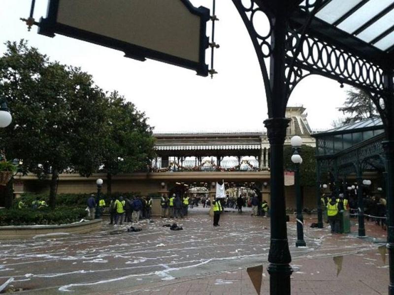 Mouvement de Gréve des salariés Elior à Disneyland Paris (28 décembre 2013) - Page 3 15206110