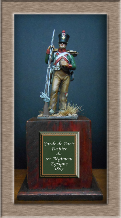 Garde de Paris Fusilier en tenue de campagne 1807 (Espagne) MM54 mm Dscn7516