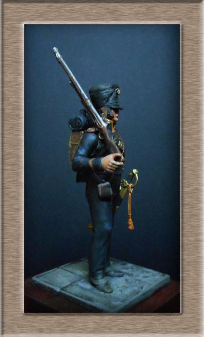 Vitrine Alain 2 mise en peinture sculpture Grenadier en surtout  1807  MM54mm - Page 3 Dscn7527
