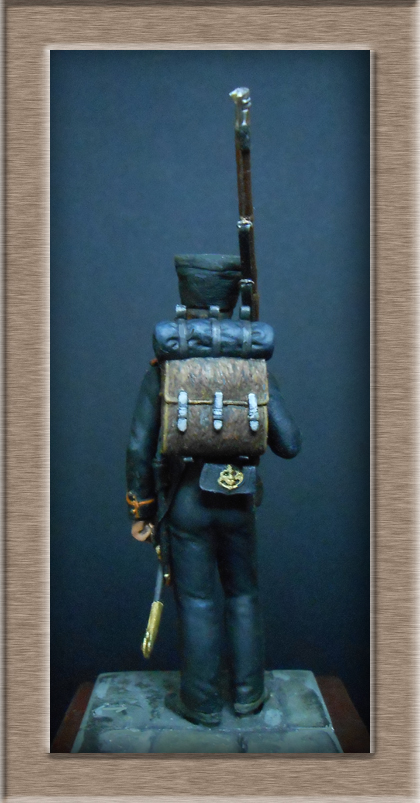Vitrine Alain 2 mise en peinture sculpture Grenadier en surtout  1807  MM54mm - Page 3 Dscn7529