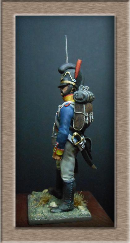Vitrine Alain 2 mise en peinture sculpture Grenadier en surtout  1807  MM54mm - Page 3 Dscn7625