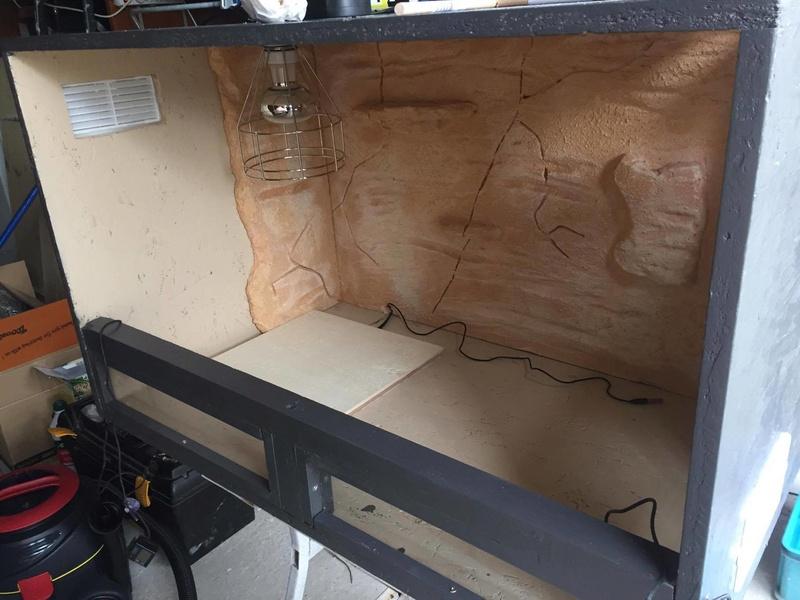 Construction  d'un terrarium pour mon gecko - Page 2 17035810