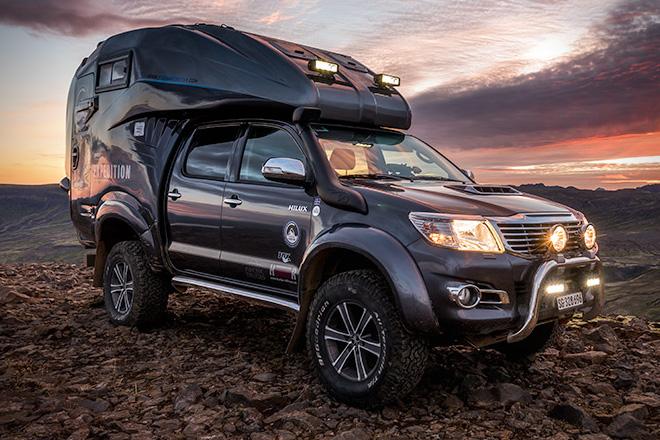 Caravane portée et Toyota Hilux Toyota14