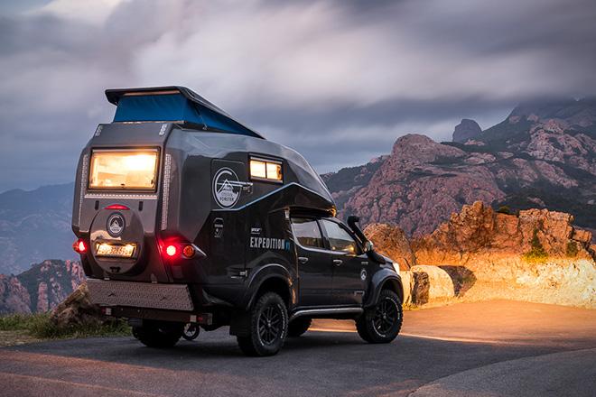 Caravane portée et Toyota Hilux Toyota16
