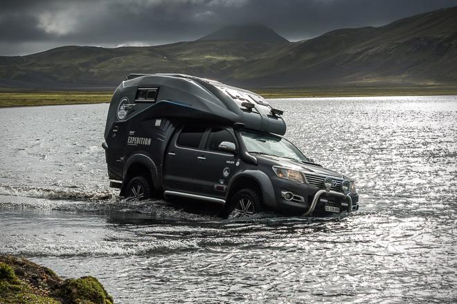 Caravane portée et Toyota Hilux Toyota18