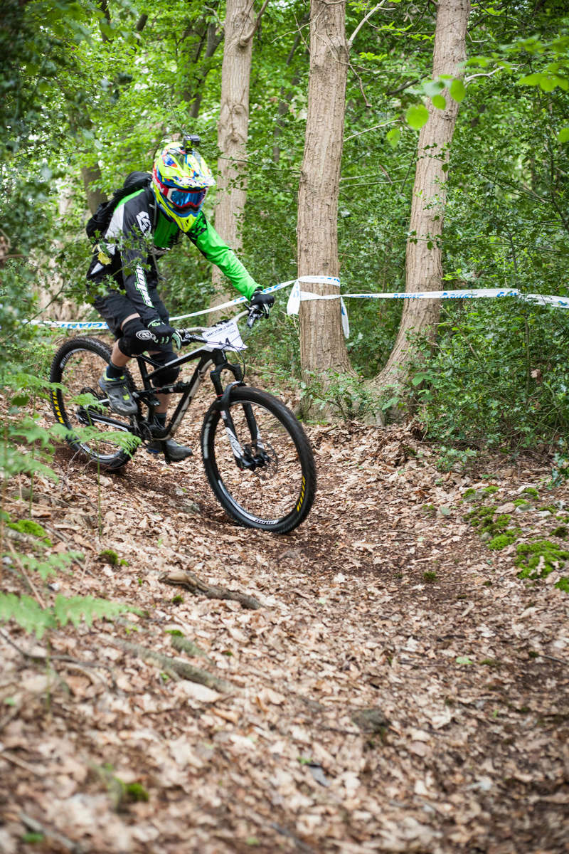 [DIM 14 MAI 2017] Enduro Giant Store Le Havre (oudalle) - Page 2 11em0112