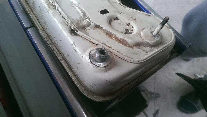 probleme fuite reservoir essence motoculteur honda f400 18010310