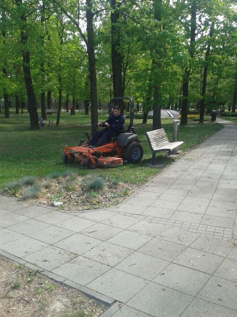 Traktor kosilice Husqvarna  20170412