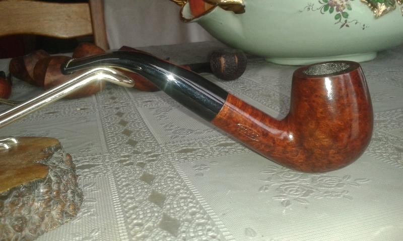 pipe V.B . Vinche à Bruxelles Thumbn10