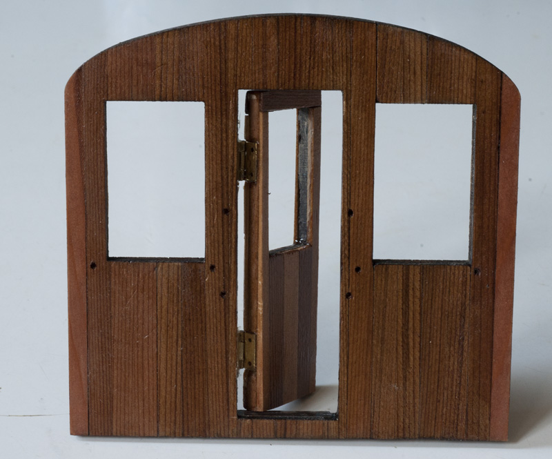 Hinges for model railcars Montag11