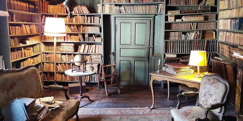 Découverte exceptionnelle : la bibliothèque d'un érudit du XVIIIe 5947cd10