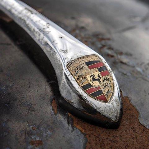 Photos de Porsche à restaurer - Page 3 18341910
