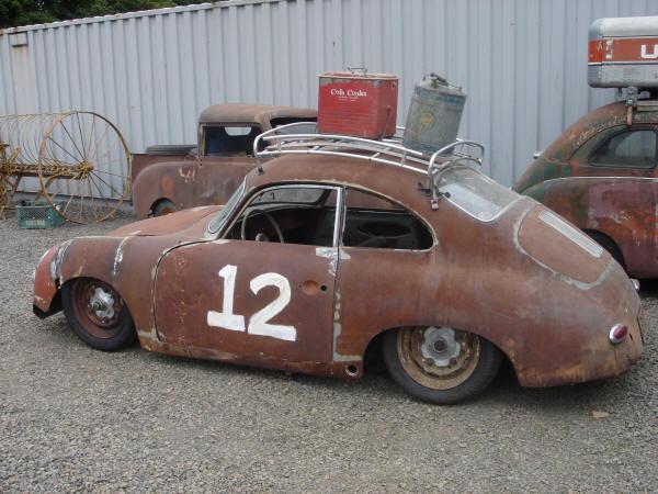 Photos de Porsche à restaurer - Page 40 Porsch11
