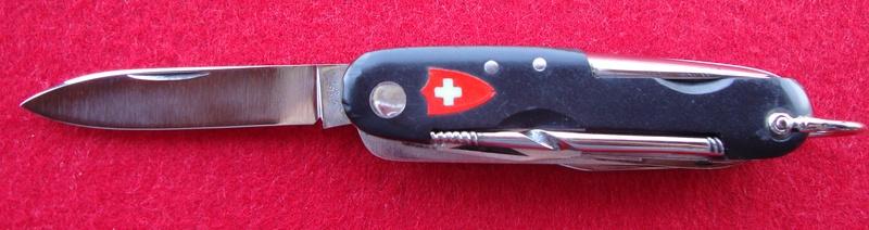 Couteaux de Soldat et Couteaux Officier Suisses. Dsc07210