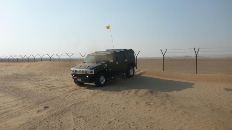 Hummer H2 aux Emirats P1030714