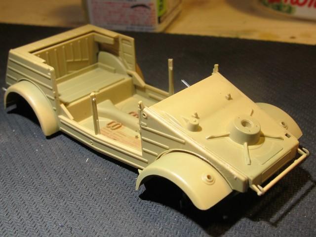 german-kubelwagen-type-82-tamiya- (marioandreoli) Img_3751