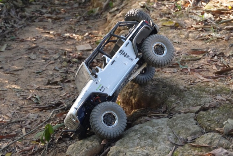 rubicon - Reinforcing the links of a standard RTR SCX10 Jeep Rubicon Jeep_a11