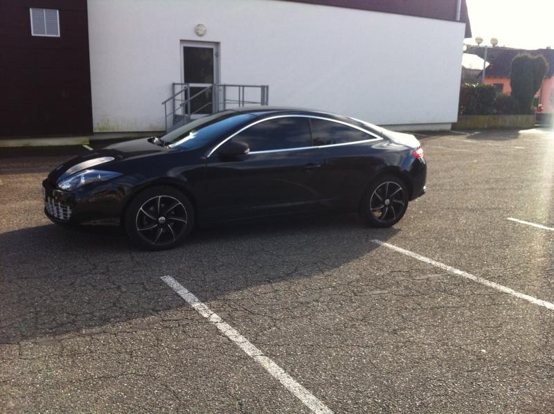 [frambi36954] Laguna III.1 coupé Black édition 2.0 dci 150 Lag_210