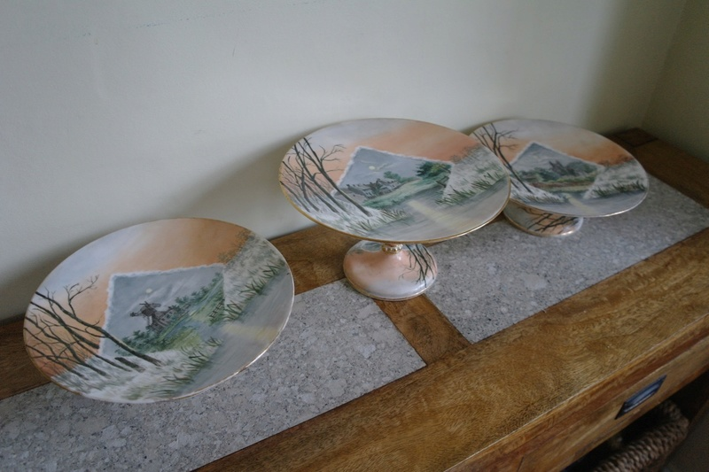 Hand Painted Footed Compote Set - Norfolk Broads? Any ideas? Sam_4810