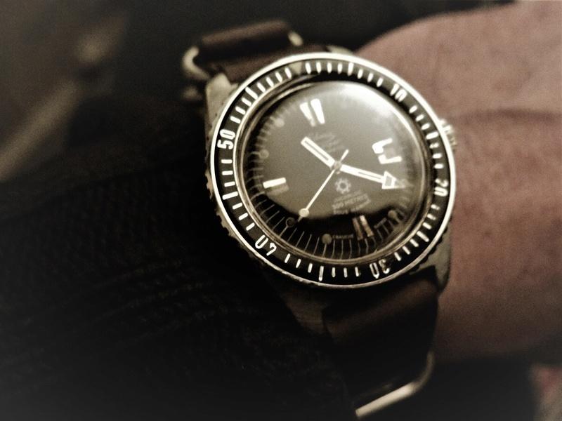 Votre montre du jour - Page 16 Img_8610