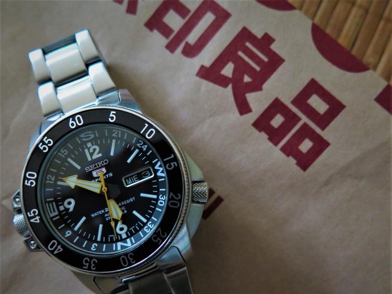 Votre montre du jour - Page 18 Img_9310