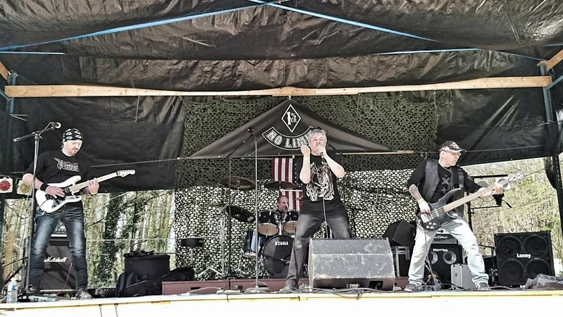 Killing Ground  groupe covers Saxon 17632410