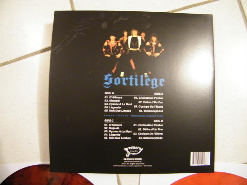 SORTILEGE chez No Remorse Records par Christophe Bailet ! Dscf5214