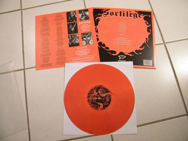SORTILEGE chez No Remorse Records par Christophe Bailet ! Dscf5216