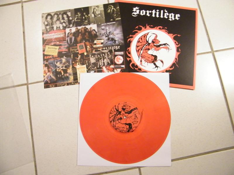 SORTILEGE chez No Remorse Records par Christophe Bailet ! Dscf5218