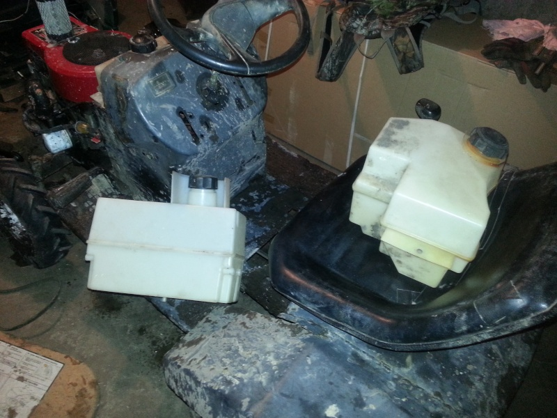 My Craftsman tractor + the build  Phone_24