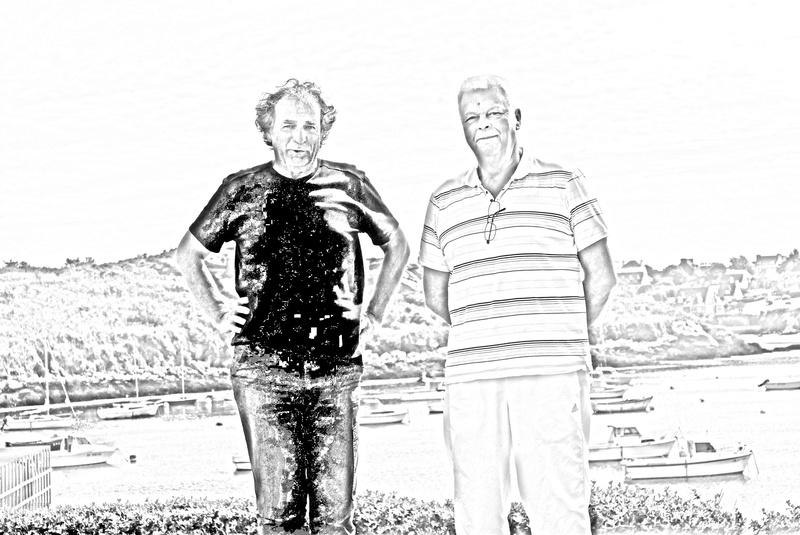 G fait un dessin avec GG et G navigué tout autour de la Bretagne ! Img_2012