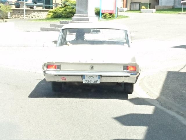 Les voitures que vous avez vu  - Page 29 Dsc_0012