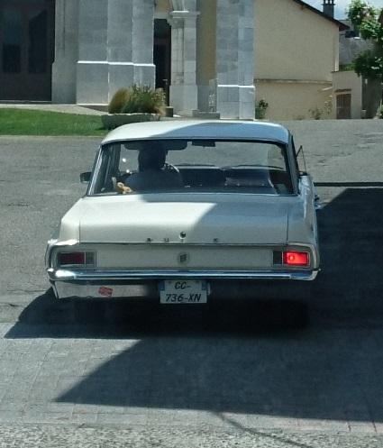 Les voitures que vous avez vu  - Page 29 Dsc_0019