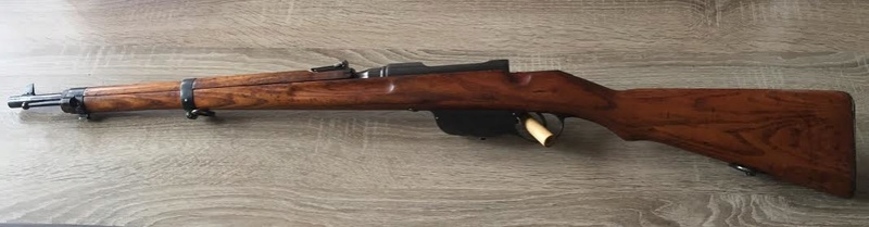 """Un Steyr M95 avec certains attributs """"effacés"""" Steyr110"""