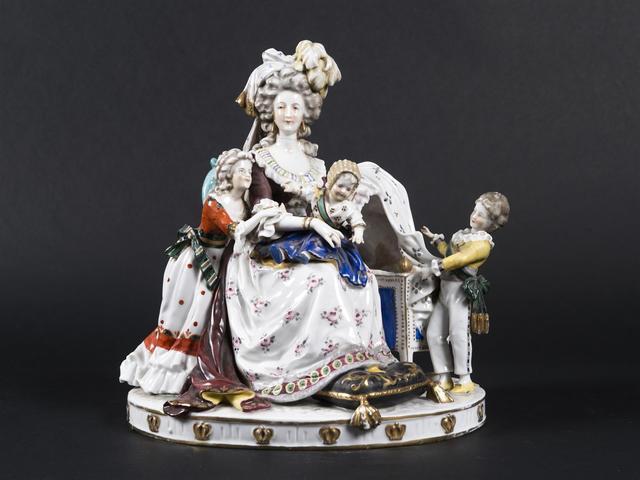 Déclinaisons faites d'après le portrait de Marie Antoinette et ses enfants de Vigée Lebrun 14215610