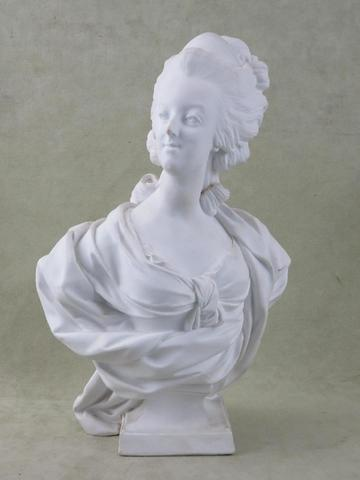 A vendre: bustes Marie Antoinette - Page 6 16032710