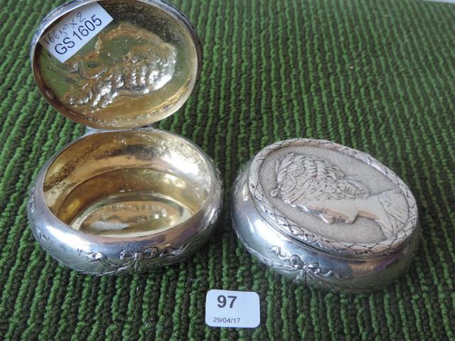 A vendre: meubles et objets divers XVIIIe et Marie Antoinette - Page 7 16253910