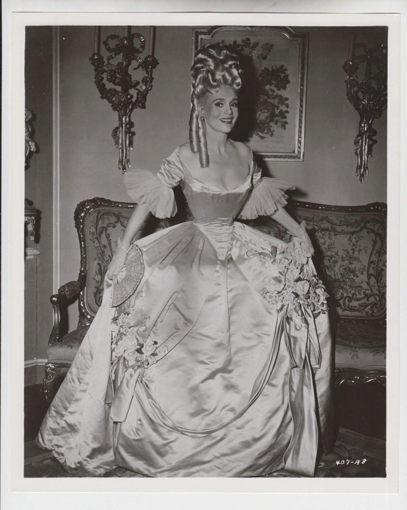 Marie-Antoinette à travers le cinéma - Page 19 _5712