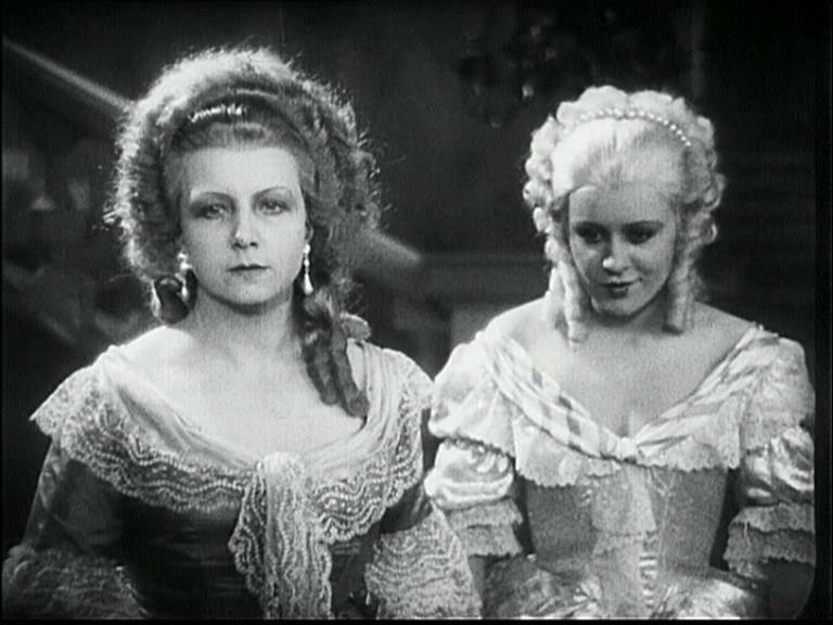 Cagliostro (Suzanne Bianchetti) réalisé en 1929 par Richard Oswald Suzann11