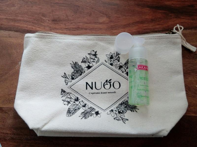 Nuoo shop, les trousses beauté  Img_2014