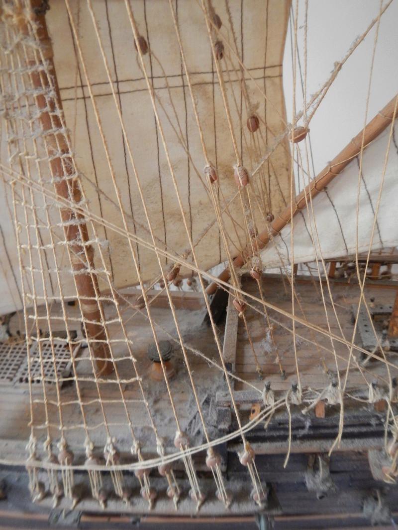 Maquette Voilier du XVIIIème siècle à réparer ! par Glénans Dscn5524
