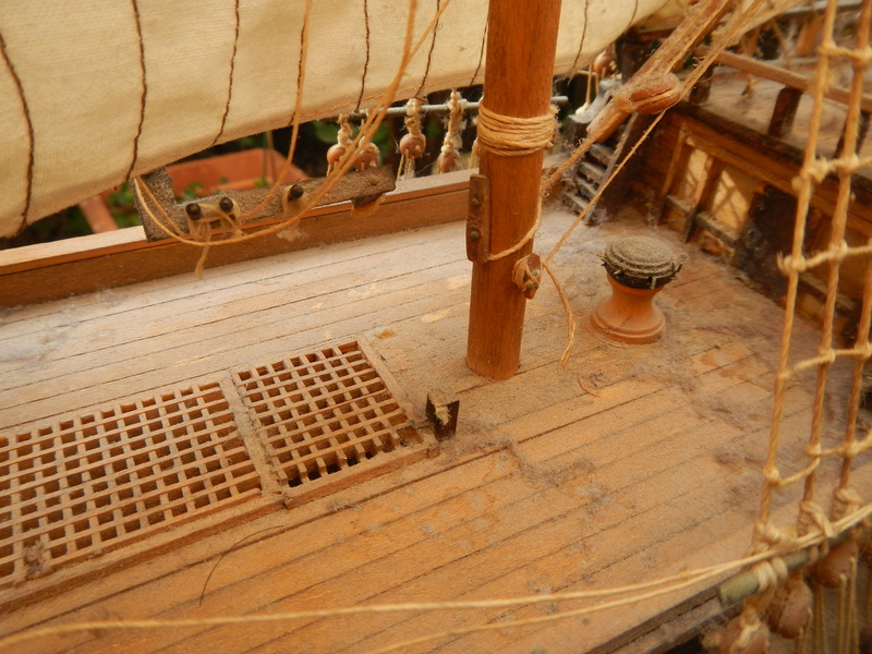 Maquette Voilier du XVIIIème siècle à réparer ! par Glénans Dscn5533