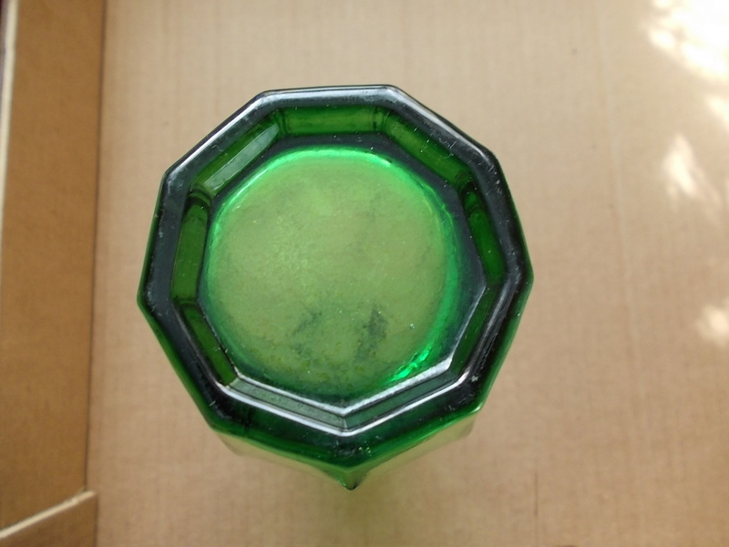 Green Hexagonal glass whos the maker Dscn0111