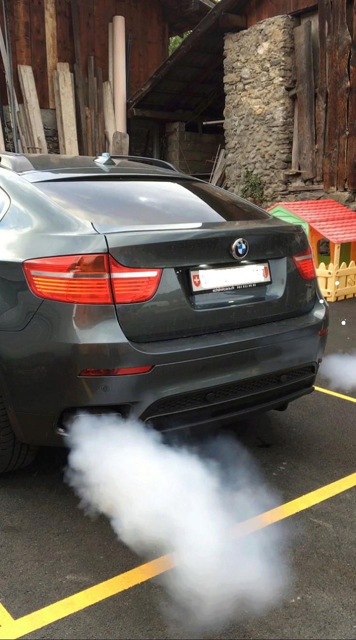 [ BMW E71 X6 4.4i an 2008 ] Moteur fume - Page 2 11_x6_12