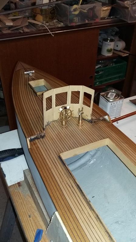 Yacht  classique à moteur 1920 / 1930 NEMESIS - Page 4 Rotati13
