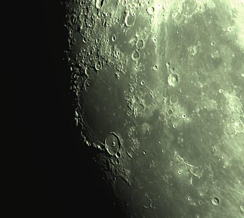 lune nouvelle série Captur19