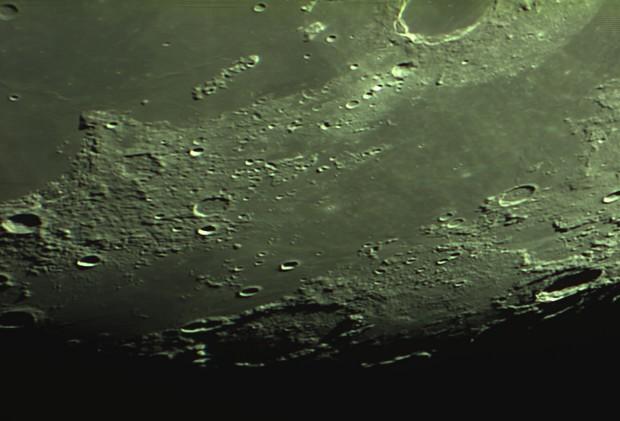 lune nouvelle série Captur22