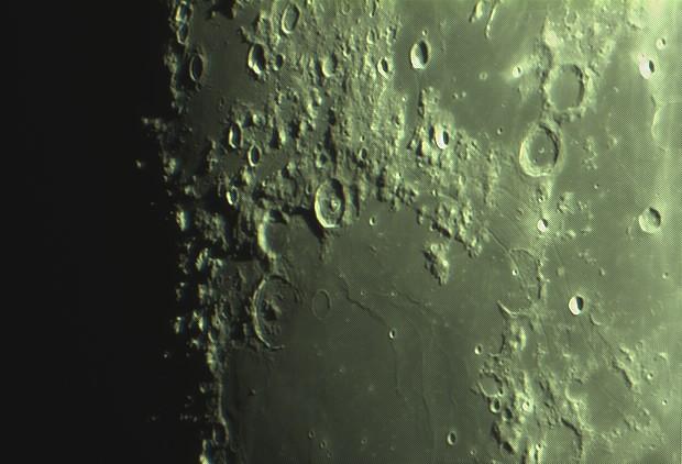 lune nouvelle série Captur24